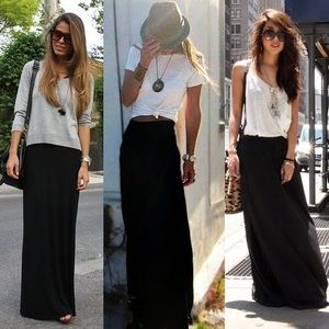 Blk Maxi Skirt ⭐️5 for $25⭐️
